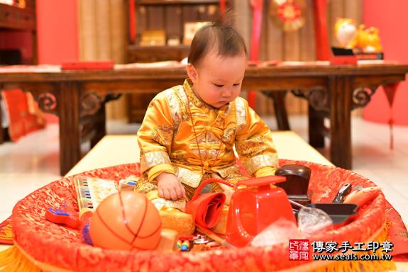 鳳山區楊寶寶古禮抓周:周歲抓周活動和儀式,一切圓滿。照片19