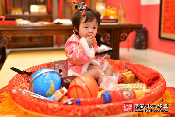 鳳山區吳寶寶古禮抓周:周歲抓周活動和儀式,一切圓滿。照片31