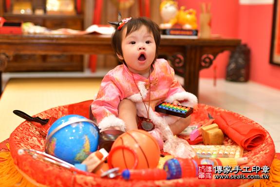 鳳山區吳寶寶古禮抓周:周歲抓周活動和儀式,一切圓滿。照片32