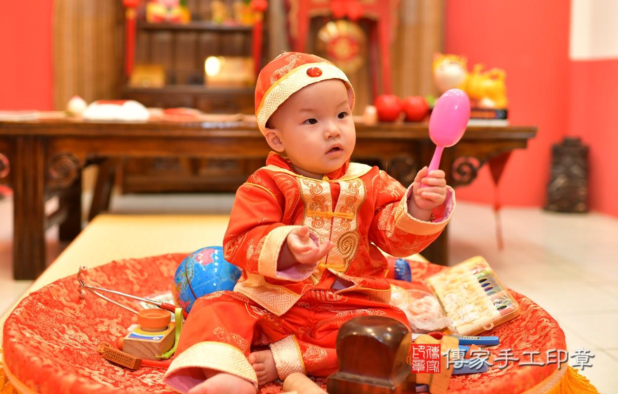 鳳山區洪寶寶古禮抓周:周歲抓周活動和儀式,一切圓滿。照片1