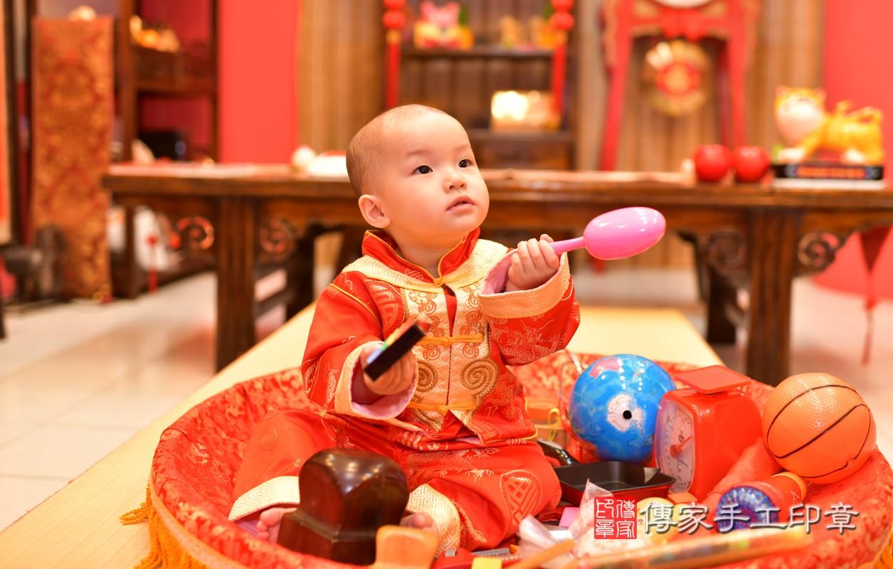 鳳山區洪寶寶古禮抓周:周歲抓周活動和儀式,一切圓滿。照片4