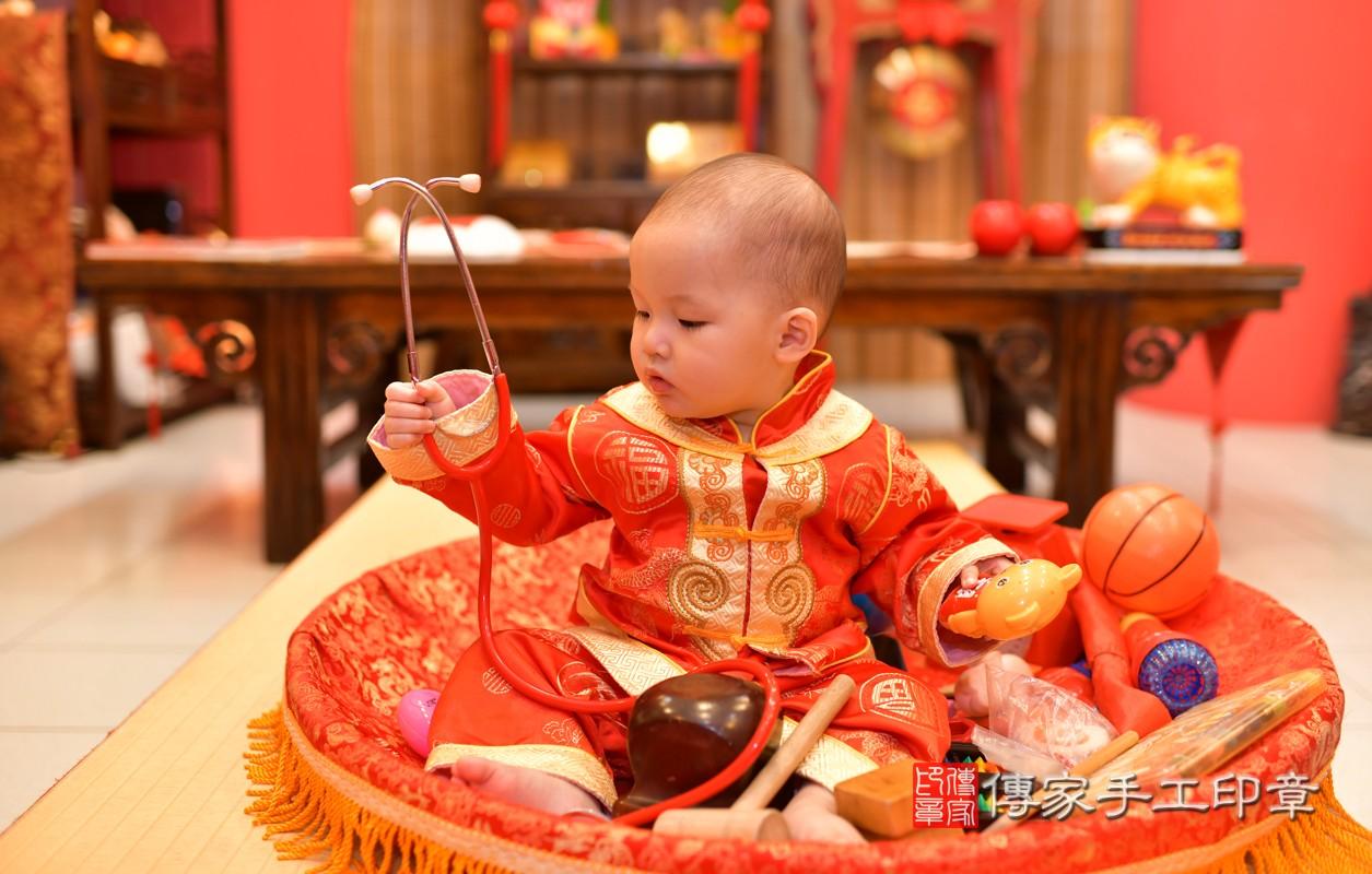 鳳山區洪寶寶古禮抓周:周歲抓周活動和儀式,一切圓滿。照片7