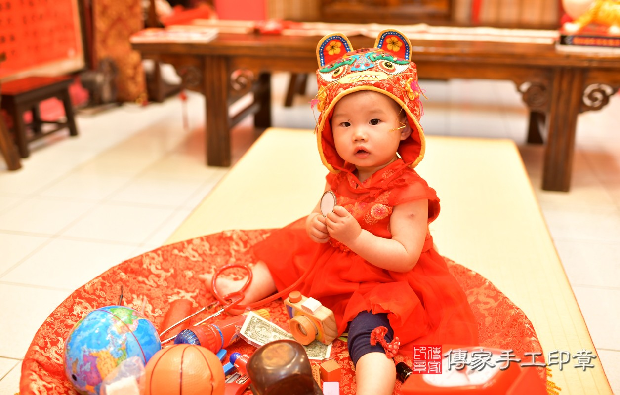 鳳山區莊寶寶古禮抓周:周歲抓周活動和儀式,一切圓滿。照片4
