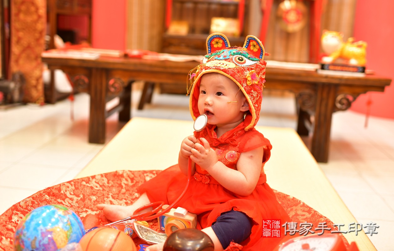 鳳山區莊寶寶古禮抓周:周歲抓周活動和儀式,一切圓滿。照片6