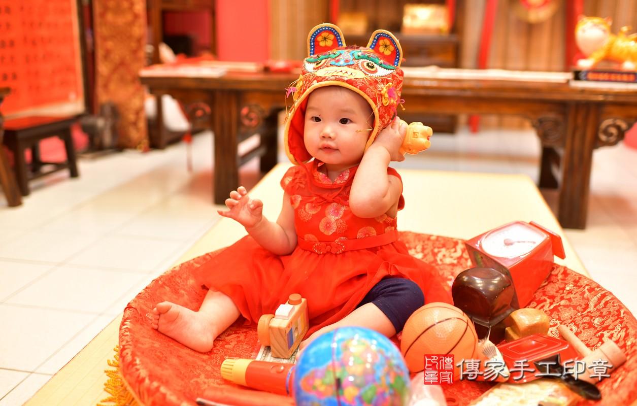 鳳山區莊寶寶古禮抓周:周歲抓周活動和儀式,一切圓滿。照片11