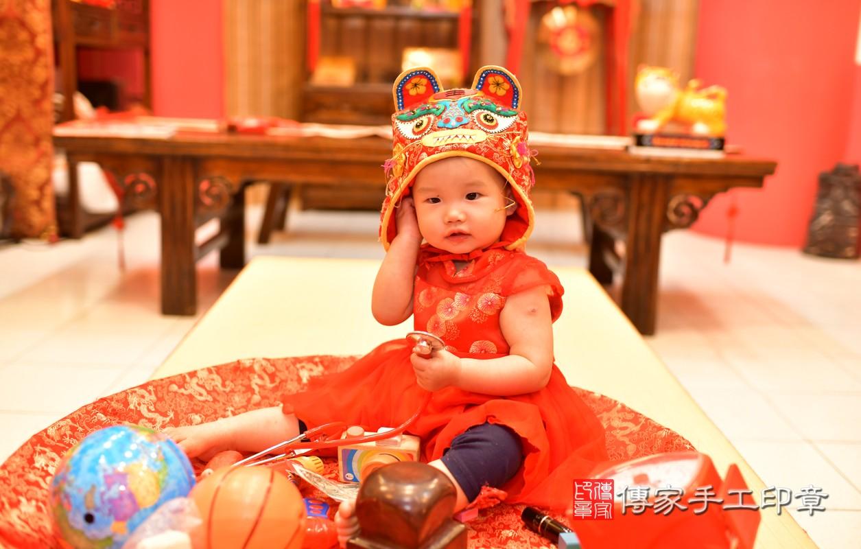 鳳山區莊寶寶古禮抓周:周歲抓周活動和儀式,一切圓滿。照片9