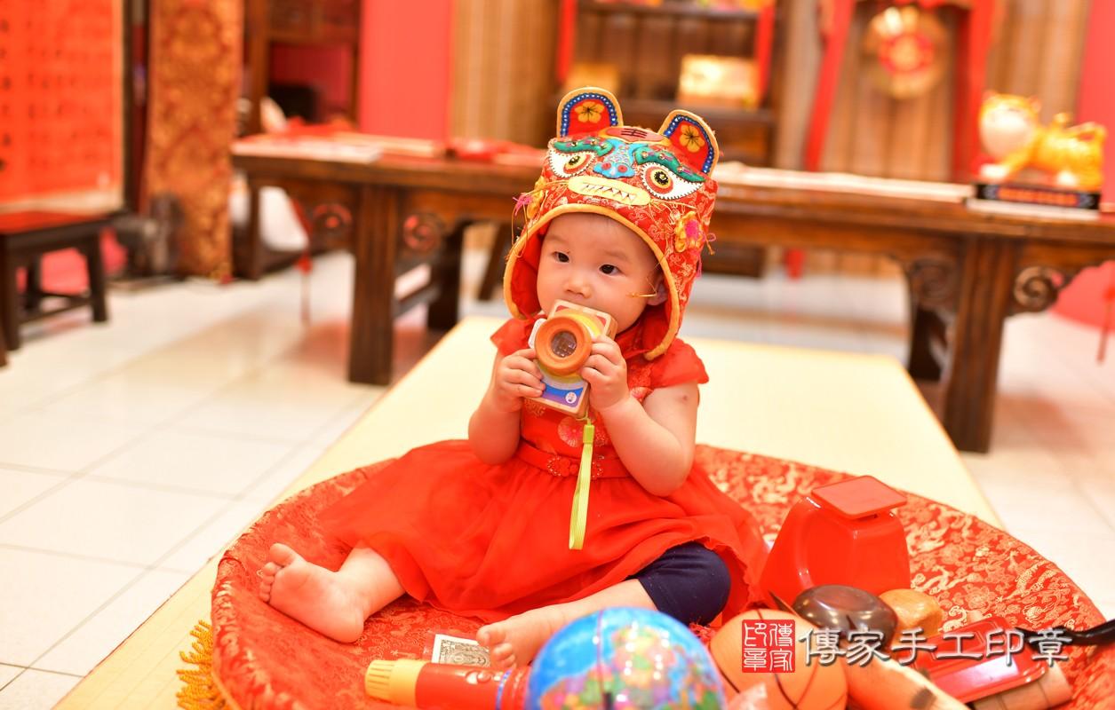鳳山區莊寶寶古禮抓周:周歲抓周活動和儀式,一切圓滿。照片10