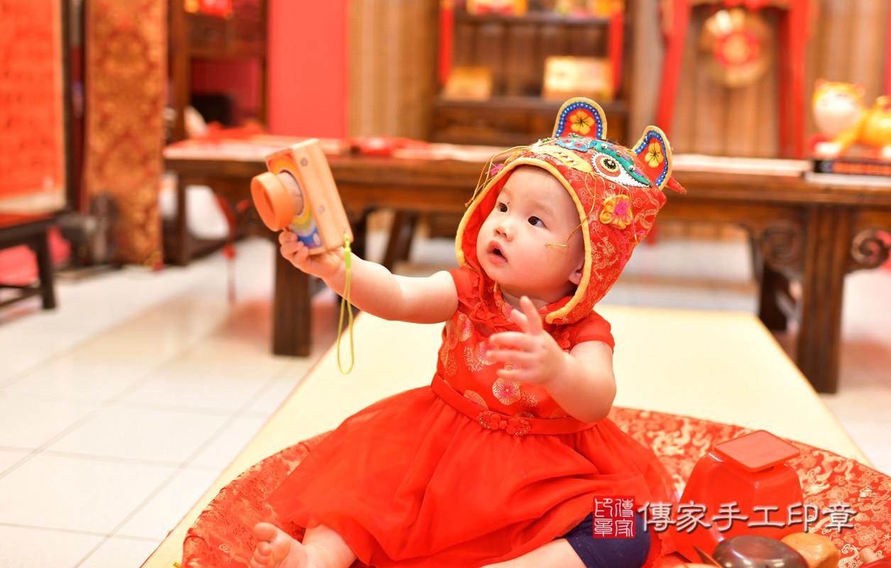 鳳山區莊寶寶古禮抓周:周歲抓周活動和儀式,一切圓滿。照片12