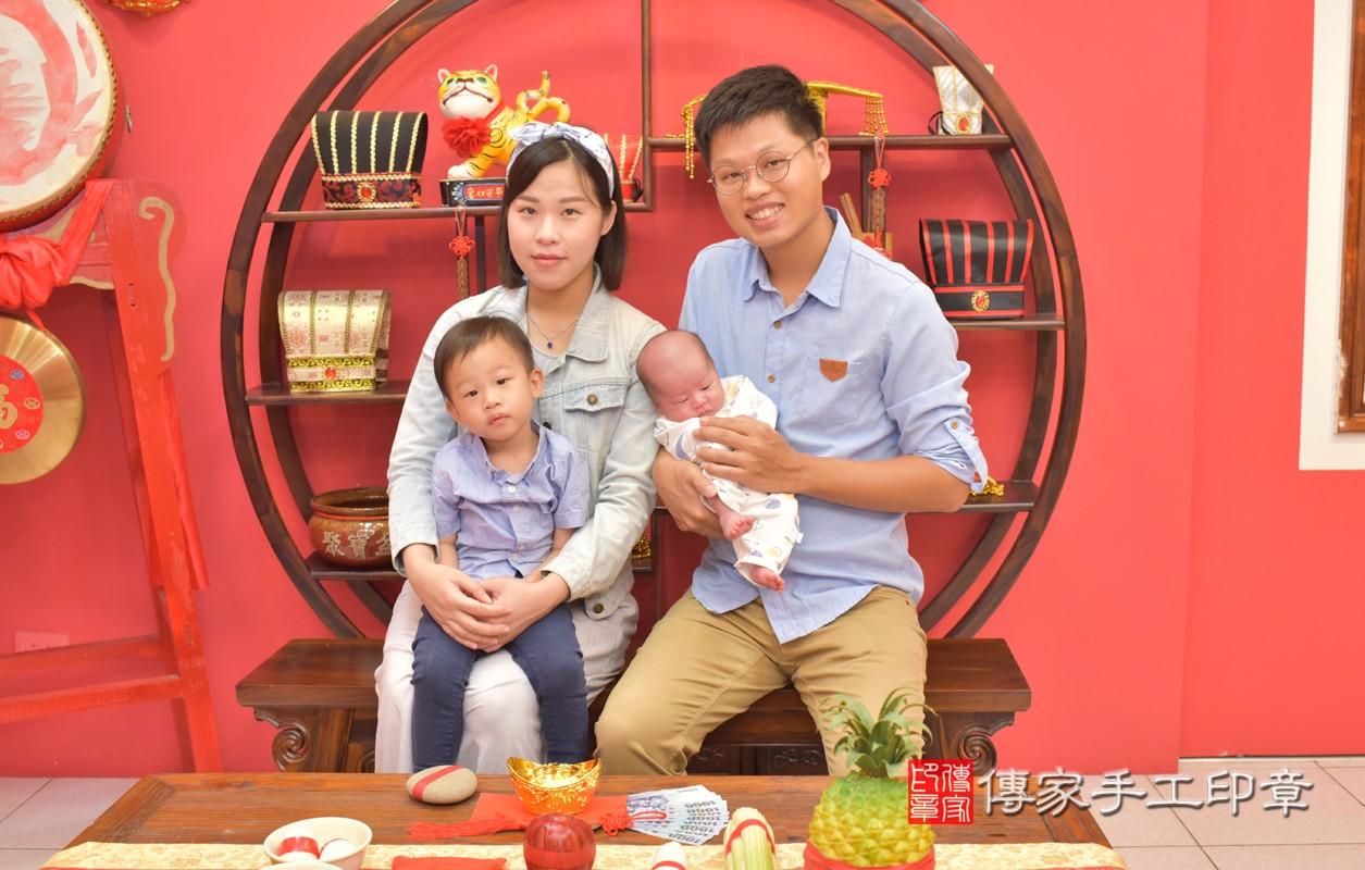 台中北區許寶寶滿月理髮