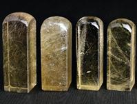 茶黃髮晶印章,茶黃髮晶個人印章,茶黃髮晶印章,髮晶印章,茶晶,髮晶,水晶黃寶石,黃水晶,綠髮晶印章,紅髮晶印章,白水晶,紫水晶,粉晶,水晶,鈦晶,綠幽靈,紅兔毛,芙蓉晶,紅髮晶,綠髮晶,全美黃水晶,全美白水晶。