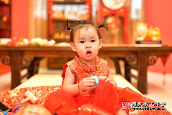 鳳山區魏寶寶古禮抓周:周歲抓周活動和儀式,一切圓滿。照片34